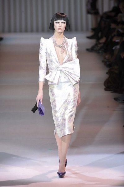 Clothing, Fashion show, Shoulder, Runway, Fashion model, Style, Formal wear, Fashion, Neck, Model,