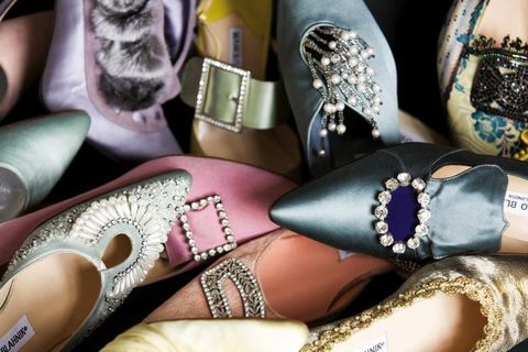 Fashion, Tan, Body jewelry, Collection, Natural material, Cosmetics, Silver, Glitter, Nail polish, Foot,
