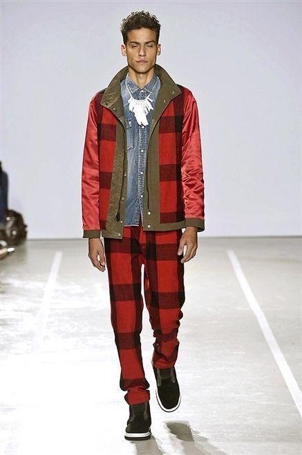 Sleeve, Shoe, Fashion show, Textile, Outerwear, Runway, Style, Winter, Jacket, Fashion model,