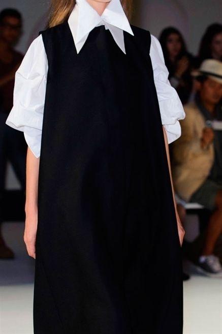 Collar, Sleeve, Formal wear, Headgear, Fashion, Costume design, Cloak, Long hair, Fashion design, Mantle,