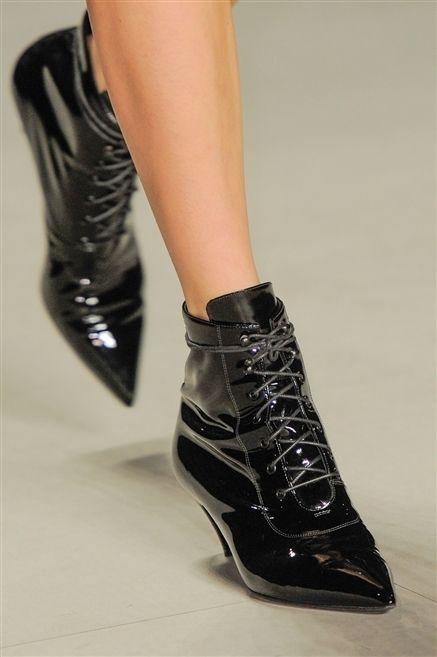 Footwear, Joint, White, Style, Fashion, Black, Leather, Fashion design, Silver, Dress shoe,