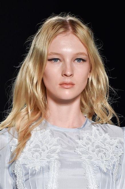 Clothing, Lip, Hairstyle, Chin, Eyebrow, Eyelash, Style, Jaw, Beauty, Blond,
