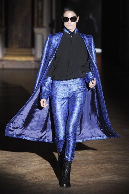 Clothing, Textile, Sunglasses, Outerwear, Style, Fashion show, Fashion model, Electric blue, Street fashion, Fashion,