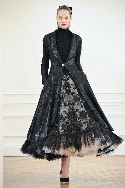 Sleeve, Textile, Dress, Formal wear, Style, One-piece garment, Costume design, Fashion model, Fashion, Day dress,