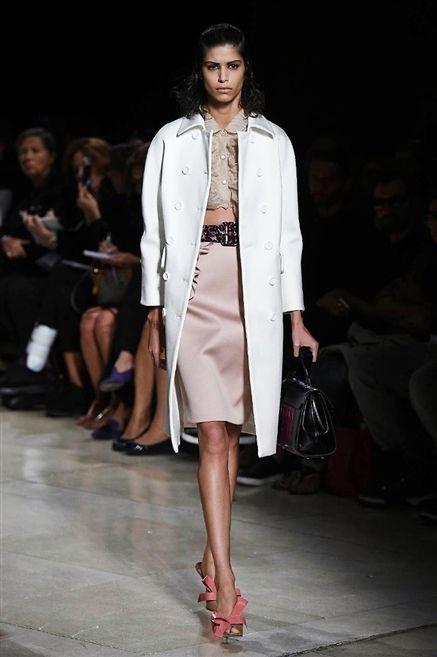 Leg, Fashion show, Shoulder, Joint, Outerwear, Human leg, Runway, Fashion model, Style, Beauty,