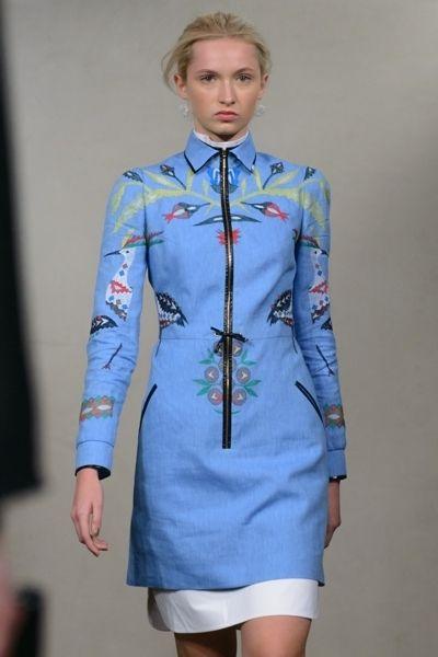Blue, Collar, Sleeve, Dress shirt, Textile, Joint, Uniform, Style, Formal wear, Electric blue,