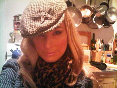 Textile, Headgear, Selfie, Pattern, Cap, Costume accessory, Scarf, Countertop, Long hair, Pot rack,