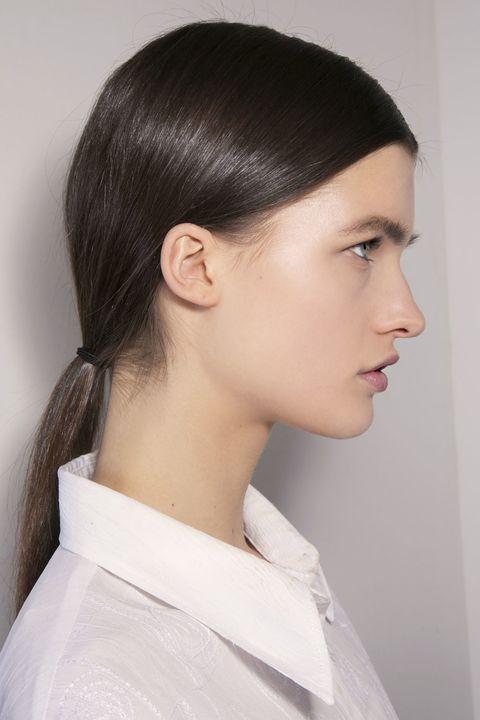 Ear, Lip, Hairstyle, Skin, Chin, Forehead, Shoulder, Collar, Eyebrow, Eyelash,