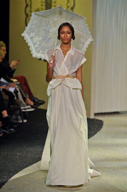 Dress, Textile, Formal wear, Gown, Fashion, One-piece garment, Costume design, Fashion model, Bridal clothing, Umbrella,