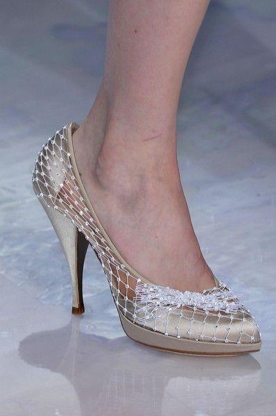 Footwear, Human leg, Shoe, Joint, Sandal, Foot, Organ, High heels, Beauty, Fashion,