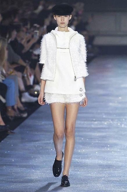 Clothing, Leg, Fashion show, Human leg, Shoulder, Joint, Runway, Outerwear, Fashion model, Style,