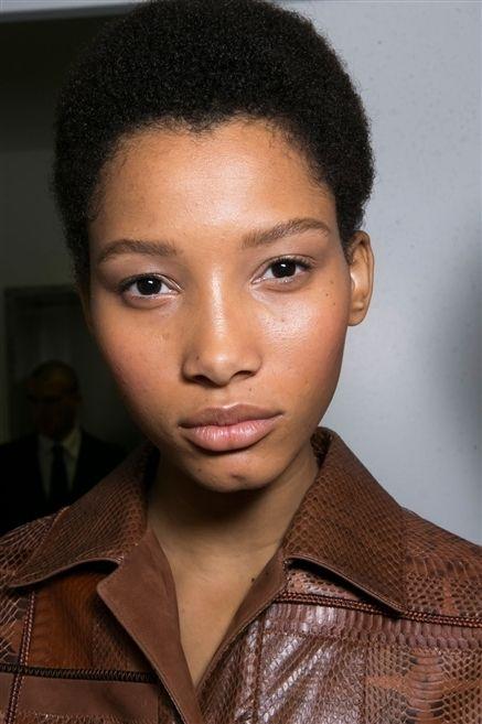 Lip, Cheek, Mouth, Brown, Hairstyle, Chin, Collar, Forehead, Eyebrow, Eyelash,