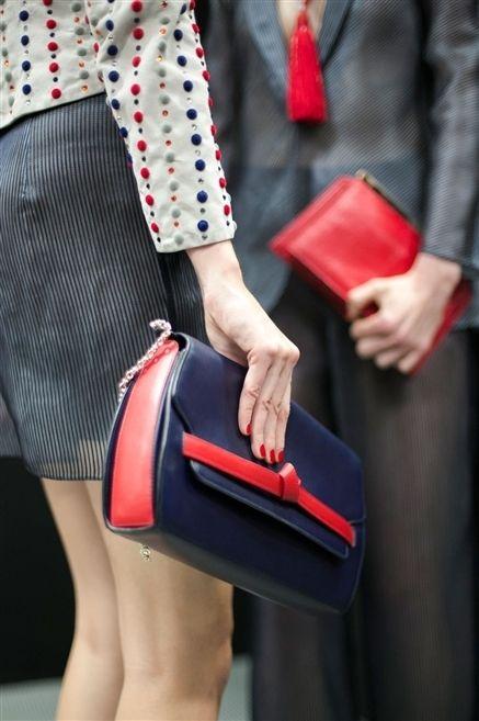Red, Pattern, Bag, Carmine, Polka dot, Fashion, Waist, Street fashion, Nail, Design,