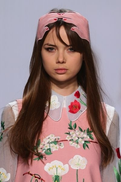 Clothing, Lip, Eyebrow, Petal, Pink, Eyelash, Headgear, Beauty, Hair accessory, Peach,