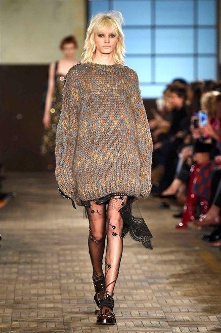 Clothing, Fashion show, Human body, Shoulder, Human leg, Joint, Runway, Fashion model, Style, Dress,