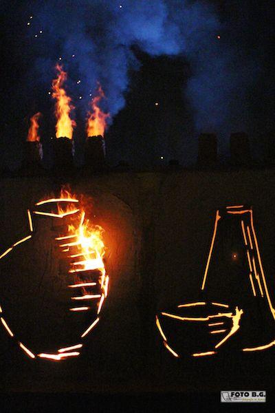 Fire, Amber, Heat, Flame, Gas, Bottle, Pollution, Glass bottle, Still life photography, Bonfire,
