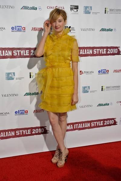Clothing, Dress, Shoe, Flooring, Shoulder, Joint, Premiere, One-piece garment, Style, Cocktail dress,