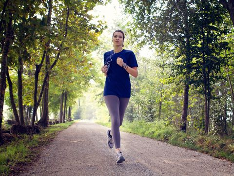 Mouth, Green, Running, People in nature, Jogging, Sunlight, Knee, Morning, Physical fitness, Spring,