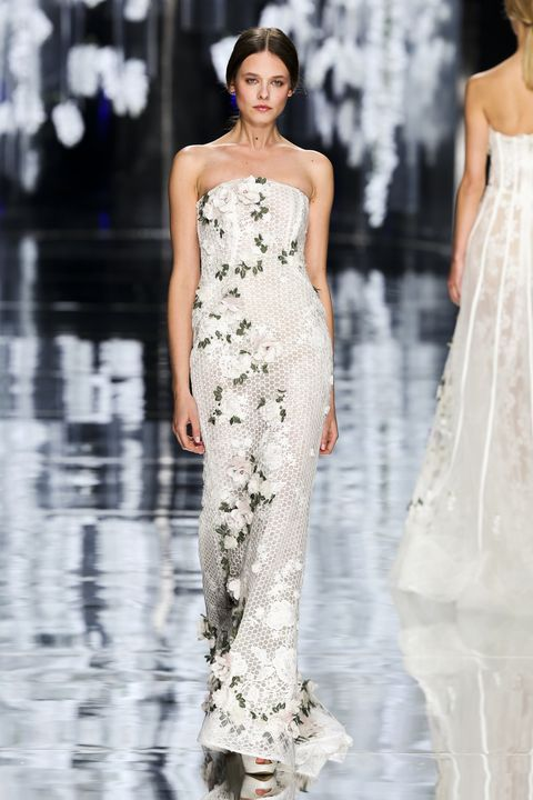 Clothing, Shoulder, Fashion show, Dress, Waist, Fashion model, Style, Runway, One-piece garment, Beauty,