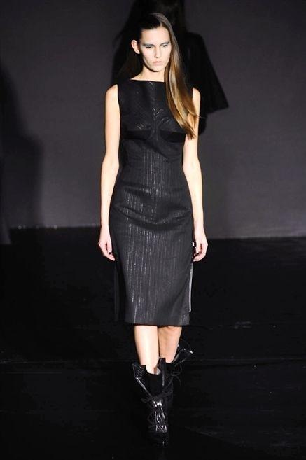 Clothing, Dress, Sleeve, Shoulder, Joint, One-piece garment, Formal wear, Fashion model, Style, Waist,