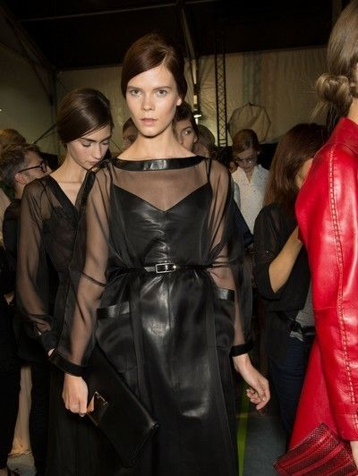 Clothing, Hairstyle, Dress, Fashion model, Fashion, Satin, One-piece garment, Haute couture, Day dress, Leather,