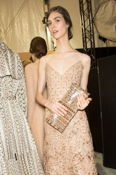 Clothing, Shoulder, Textile, Dress, Fashion, One-piece garment, Day dress, Strapless dress, Cocktail dress, Gown,