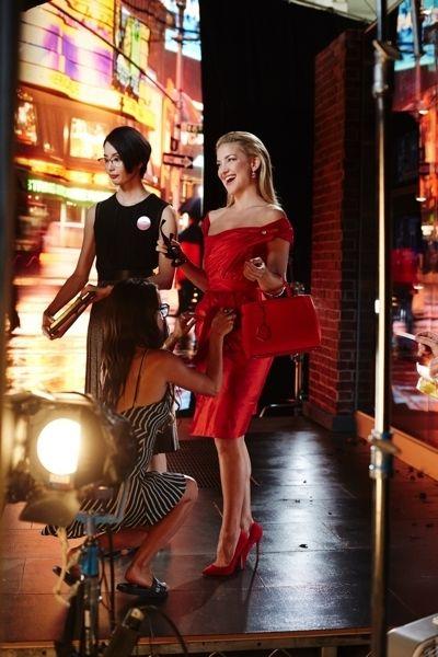 Dress, High heels, Street fashion, Fashion, One-piece garment, Cocktail dress, Latex, Fashion model, Waist, Sandal,