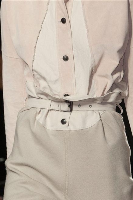 Collar, Dress shirt, Sleeve, Textile, White, Button, Fashion, Uniform, Beige, Ivory,