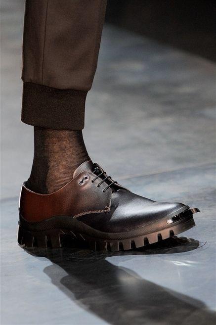 Brown, Human leg, Fashion, Black, Tan, Grey, Ice skate, Walking shoe, Ankle, Silver,
