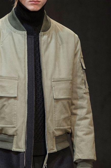 Clothing, Jacket, Sleeve, Textile, Outerwear, Collar, Pocket, Fashion, Street fashion, Beige,