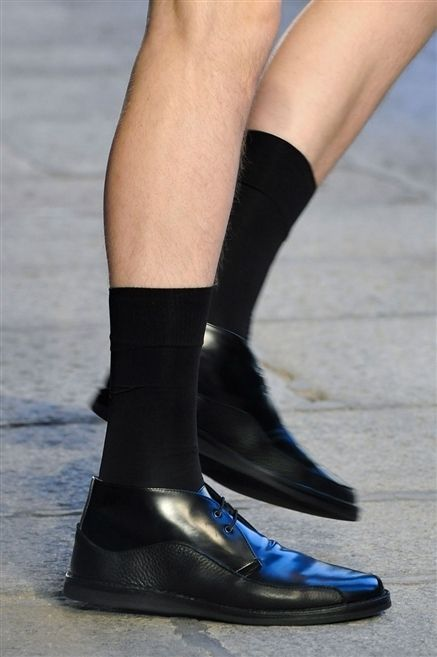 Blue, Human leg, Joint, Style, Fashion, Black, Grey, Street fashion, Close-up, Leather,