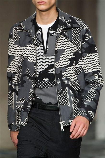 Sleeve, Collar, Dress shirt, Style, Pattern, Fashion, Waist, Street fashion, Fashion model, Blazer,