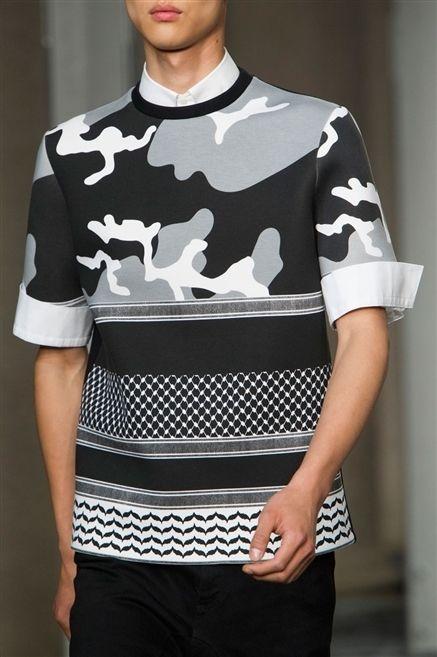 Sleeve, Shoulder, Joint, Style, Pattern, Fashion, Neck, Waist, Street fashion, Trunk,