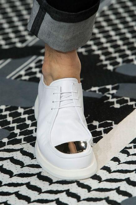 Human leg, Fashion, Black, Pattern, Grey, Street fashion, Sock, Games, Fashion design, Ankle,
