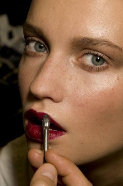 Finger, Lip, Cheek, Skin, Eyebrow, Eyelash, Nail, Beauty, Organ, Photography,