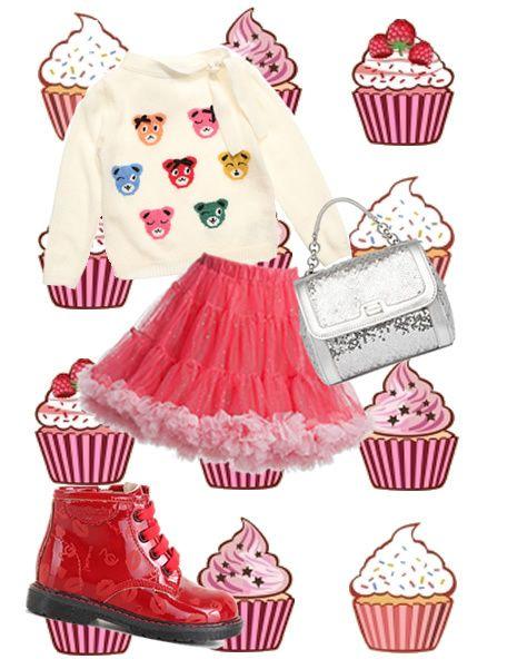 Kids candy candy. Pizzi, fiocchi e merletti. Tutto rosa, o