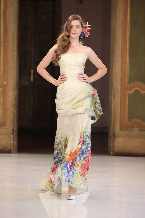 Shoulder, Floor, Flooring, Style, Fashion show, Formal wear, Waist, Fashion model, Gown, Beauty,