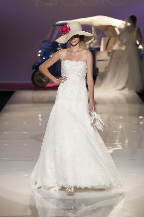 Clothing, Sleeve, Dress, Bridal clothing, Shoulder, Textile, Joint, Hat, Gown, Wedding dress,