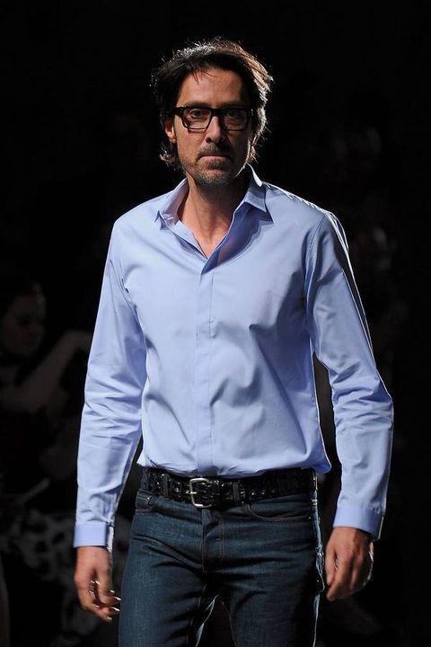 Clothing, Dress shirt, Collar, Sleeve, Denim, Trousers, Jeans, Textile, Shirt, Pocket,