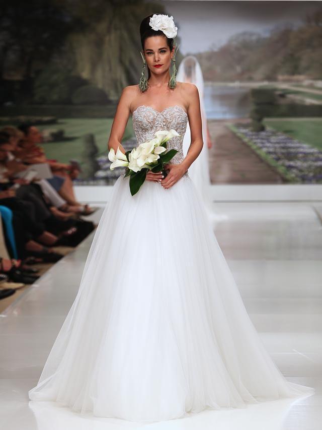 La romantica e fiabesca collezione sposa 2015 Atelier Aimée Montenapoleone 4fba07692ca