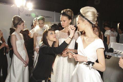 Event, Dress, Fashion accessory, Hair accessory, Headgear, Headpiece, Fashion, Gown, Ceremony, Bridal clothing,