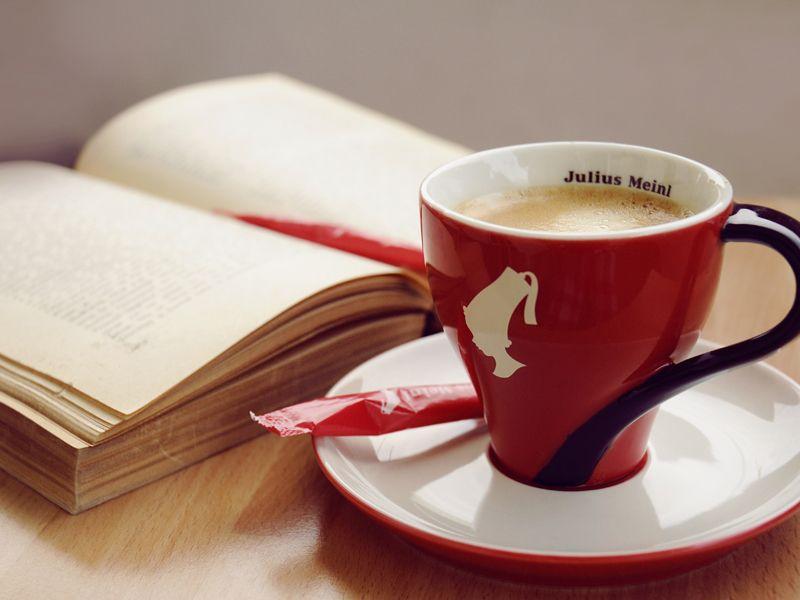Giornata mondiale della poesia: il caffè si paga con le rime