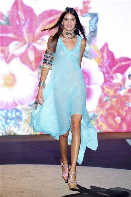Clothing, Blue, Fashion show, Shoulder, Dress, Style, Fashion accessory, Jewellery, Runway, Fashion model,