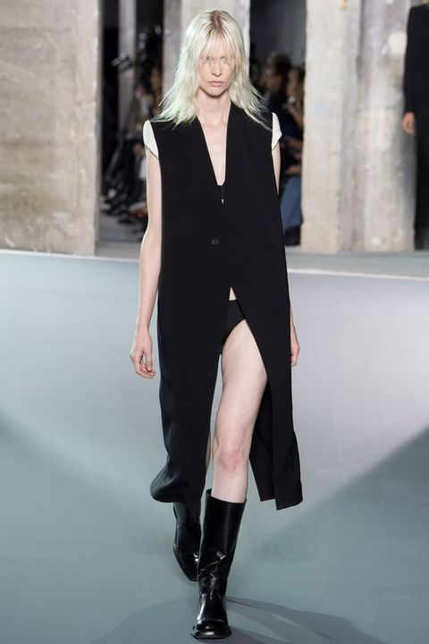 Clothing, Shoulder, Joint, Outerwear, Fashion show, Dress, Style, Street fashion, Jewellery, Boot,