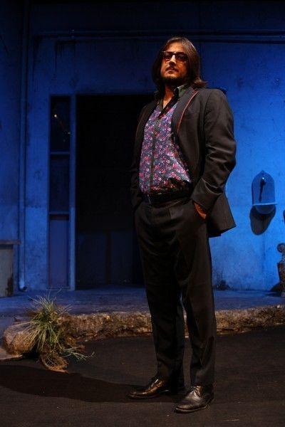 Dress shirt, Collar, Standing, Beard, Facial hair, Street fashion, Blazer, Moustache, Pocket, Suit trousers,