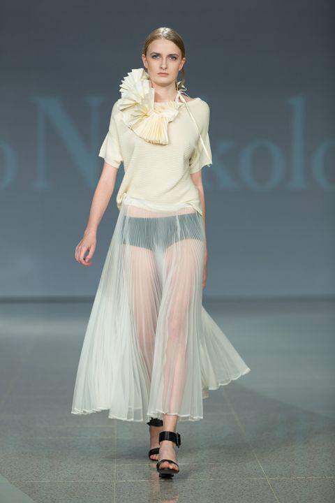 Shoulder, Joint, Waist, Style, Fashion show, Fashion accessory, High heels, Fashion model, Fashion, Street fashion,