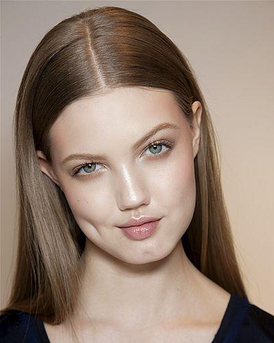 Lip, Cheek, Brown, Hairstyle, Skin, Chin, Forehead, Eyebrow, Eyelash, Style,