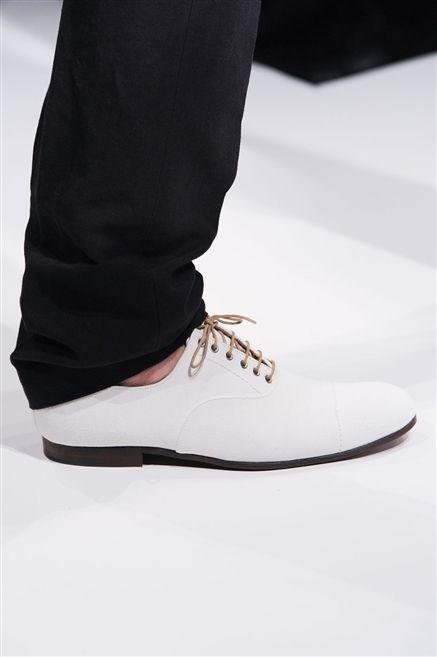 Shoe, White, Style, Fashion, Black, Tan, Walking shoe, Fashion design, Skate shoe, Plimsoll shoe,