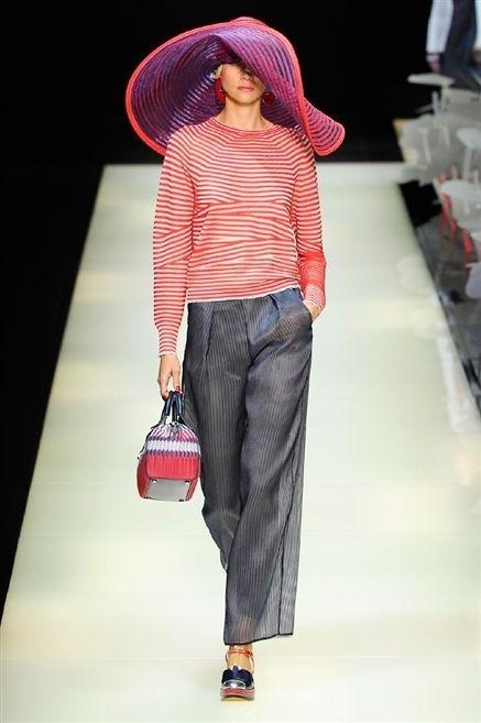 Product, Sleeve, Hat, Shoulder, Textile, Bag, Plaid, Pattern, Style, Denim,