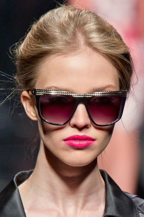 Eyewear, Face, Glasses, Vision care, Lip, Hairstyle, Chin, Sunglasses, Goggles, Style,